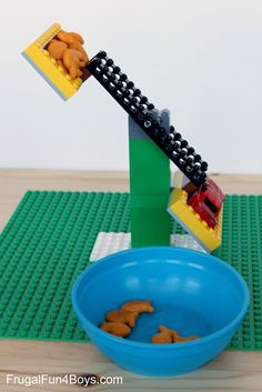 Build a LEGO Balance - Frugal Fun For Boys Build a LEGO Balance Need excellent tips and hints concerning arts and crafts? Head to this fantastic site! Stem Projects, Projects For Kids, Crafts For Kids, Lego For Kids, Science For Kids, Science Penguin, Earth Science, Stem Activities, Toddler Activities