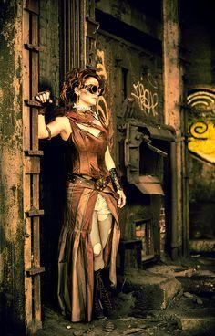 Steampunk-woman-3