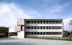 """Nuevo Edificio para el colegio """"El Redin"""" en Pamplona / Otxotorena Arquitectos (Pamplona, Navarre, España) #architecture"""