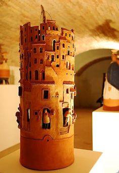 Arghilla': L'Arte delle Terre by Nicola Tripodi Clay Houses, Ceramic Houses, Ceramic Clay, Ceramic Plates, Ceramic Pottery, Pottery Art, Sculptures Céramiques, Sculpture Art, Pottery Houses