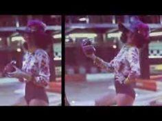 Living la vida city: cómo se hizo. Aixa Romay, Julieta Barro y Marian Ledesma, del grupo Spiritual, bajo la batuta del compositor Luis Gago, hacen una versión muy especial del Living la vida loca de Ricky Martin en exclusiva para la nueva campaña de Marineda City. Y es que la música es la gran protagonista de esta campaña, diseñada por la agencia gallega Imaxe. La imagen gráfica también tiene sello gallego, de la mano del fotógrafo, Xoan Piñón. #livinglavidacity #marinedacity