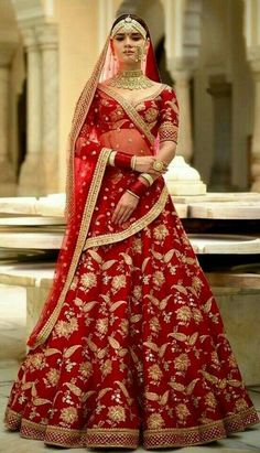 Are you Looking for Buy Indian Lehenga Choli Online Shopping ? We have Largest & latest Collection of Designer Indian Lehenga Choli which is available now at Best Discounted Prices. Indian Bridal Outfits, Indian Bridal Fashion, Indian Bridal Lehenga, Indian Bridal Wear, Indian Dresses, Sabyasachi Lehenga Bridal, Bridal Lehnga Red, Sabhyasachi Lehenga, Costumes