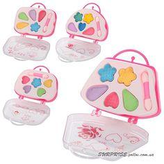 Набор косметики для девочек в виде сумочки