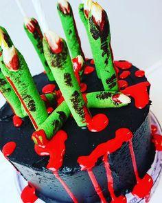 Baker du noe til #halloween? Fargene brukt på denne kaken er fra merket Progel og du finner dem i vår nettbutikk @annebrith.no  #baking #halloween #kake Birthday Cake, Desserts, Instagram, Food, Tailgate Desserts, Birthday Cakes, Deserts, Meals, Dessert