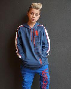 Girls Fashion Clothes, Boy Fashion, Fashion Outfits, Young Cute Boys, Cute Girls, Cute Lazy Outfits, Kids Outfits, Popular Youtubers, Kawaii Girl Drawings
