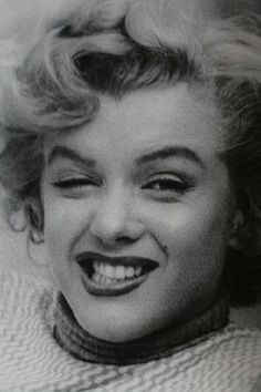 Marilyn Monroe photographed by Andre de Dienes. One of my all time favorites! She was a funny girl!