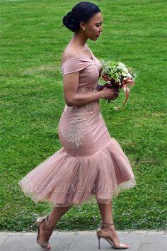 Off The Shoulder Pink Cheap Online Appliques short bridesmaid dresses - Bridesmaid Dresses Dusty Pink Bridesmaid Dresses, Bridesmaid Dresses Online, Wedding Bridesmaids, African Bridesmaid Dresses, Applique Dress, African Fashion Dresses, African Attire, Short Dresses, Dresses Dresses