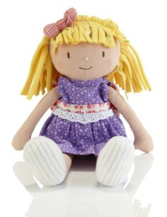 Daisy doll became friends with Emily Button™ at Stripy Ted's birthday party. As Daisy likes to dress up and wear pretty things, Emily helped. 3 For 2, Beautiful Outfits, Smurfs, Princess Peach, Hello Kitty, Daisy, Teddy Bear, Dolls, Birthday