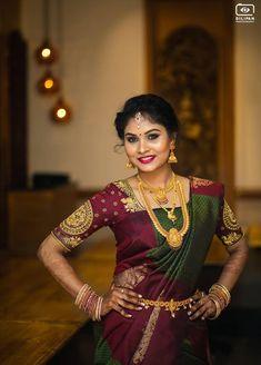 200 trendy blouse designs to inspire. Kerala Saree Blouse Designs, Wedding Saree Blouse Designs, Blouse Designs Silk, Bridal Sarees South Indian, Wedding Silk Saree, Indian Bridal Fashion, Wedding Saree Collection, Dress Collection, Saree Dress