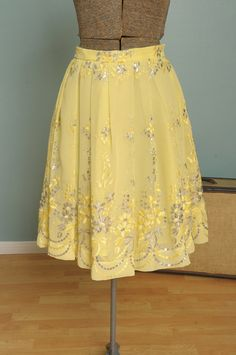 Vintage Yellow Skirt with Flowers by bellejarvintage on Etsy, $48.00
