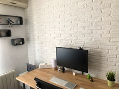 Conference Room, Flat Screen, Sweet Home, Table, Furniture, Design, Home Decor, White Bricks, Home Decoration