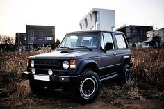 Mitsubishi Pajero -> Hyundai Galloper -> Mohenic Garages redesign - MohenicG Original Off-Look ver. Metallic Grey Short body. www.the.co.kr