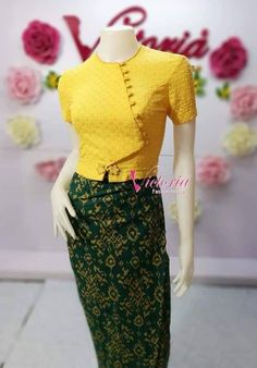 Dress Design Patterns, Traditional Dresses Designs, Myanmar Dress Design, Myanmar Traditional Dress, Colourful Outfits, Women's Fashion Dresses, Cotton Dresses, Blouse Designs, Blouses For Women