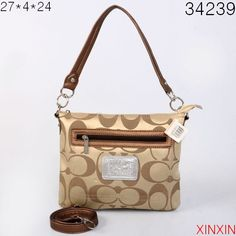 Never Doubt That The Famous Coach Zip In Logo Small Khaki Shoulder Bags CGA Could Bring People Happiness! Handbags On Sale, Coach Handbags, Coach Bags, Coach Purses, Love Couture, Cool Style, My Style, Shoulder Handbags, Shoulder Bags
