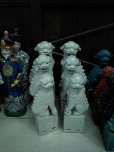 Three sets of ceramic lion dog.from ceramicsj.com