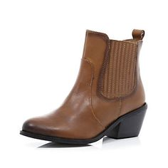 Brown distressed western chelsea boots
