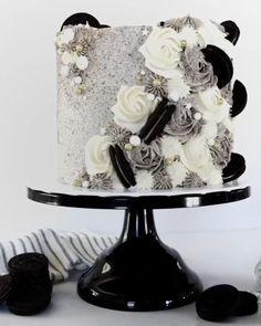 Cake Decorating Frosting, Cake Decorating Designs, Cake Decorating Videos, Birthday Cake Decorating, Cake Decorating Techniques, Elegant Birthday Cakes, Beautiful Birthday Cakes, Beautiful Cakes, Beautiful Cake Designs