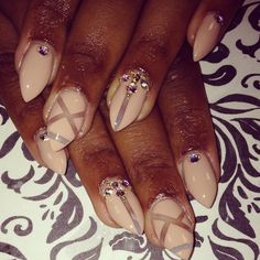 cc: @nailartaddict305 #iluvyourhair #iLyH #nails #nailfile #nailart #cutepolish #iluvyournails #nailpolish #nailartswag #naildesign #paintednails #nailpromote #nailstamp #lacquerlovers