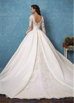 Buy discount Marvelous Tulle & Satin Bateau Neckline A-Line Wedding Dresses With Lace Appliques at Dressilyme.com
