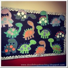 Dinosaur unit! Pinned by www.FernSmithsClassroomIdeas.com