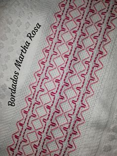 Swedish Embroidery, Towel Embroidery, Embroidery Stitches, Embroidery Patterns, Huck Towels, Swedish Weaving Patterns, Monks Cloth, Cross Stitch Designs, Sewing Hacks