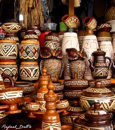 A cerâmica marajoara, feita pelos indígenas da Ilha de Marajó, é a mais antiga dentre as artes em cerâmica do Brasil. Muito sofisticadas, as peças em cerâmica marajoara são altamente elaboradas, possuindo variadas técnicas de ornamentação. Dentre a produção, há uma grande diversidade d