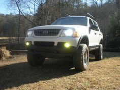 thepotroast 2003 Ford Explorer Specs, Photos, Modification Info at CarDomain Lifted Ford Explorer, Mercury Mountaineer, Sport Trac, Explorer Sport, Mid Size Suv, Suv Trucks, Older Models, How To Be Outgoing
