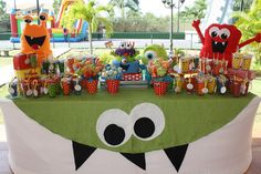 monster themed baby shower | Acuarela: Estamos en la página de Kara´s Party Ideas!!