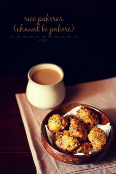 rice pakora recipe – fried fritters or pakoras made from cooked rice or leftover cooked rice and gram flour/besan. step by step recipe.
