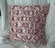 Diy Crafts - Decorative cushion cover is a perfect gift for an anniversary, Christmas, St. Beaded cushion ca Smocking Patterns, Smocking Tutorial, Diy Crafts How To Make, Pink Sofa, Silk Pillow, Floral Pillows, How To Make Pillows, Cushions On Sofa, Fabric Manipulation