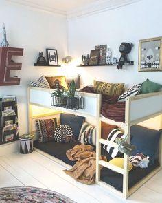 Top 70 cute modern kids bedroom ideas home of pondo home design Modern Kids Bedroom, Cool Kids Bedrooms, Modern Bunk Beds, Kids Bedroom Designs, Teen Bedroom, Nursery Modern, Bed Designs, Hippy Bedroom, Childrens Bedroom