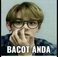Funny Mems, Funny Kpop Memes, Meme Faces, Funny Faces, Foto Meme, Funny Quotes Wallpaper, Reading Meme, Roblox Memes, Nct Dream Jaemin
