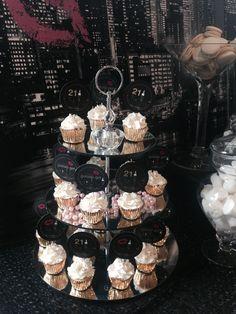 Gossip Girl Pary Cupcakes