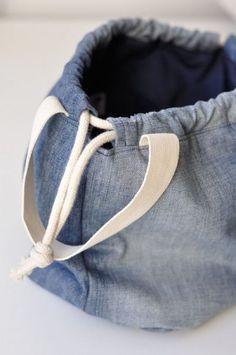 Project bag project bag denim / Goods of seller evulekotule selbstgemacht Denim Tote Bags, Diy Tote Bag, Denim Bags From Jeans, Diy Jeans, Pochette Diy, Denim Crafts, Bag Patterns To Sew, Denim Bag Patterns, Recycled Denim