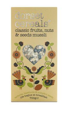classic fruits, nuts & seeds muesli