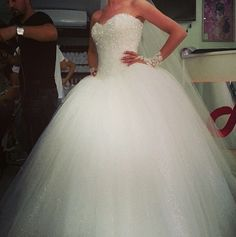 Cinderella wedding dress.. This is exactly what I want as my wedding dress! Love…