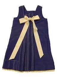 1.Item Brand - Prada 2. Price - $ 1100 3. store - Prada