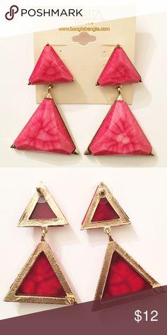✨AMRITA SINGH✨ TRIANGLE STATEMENT EARRINGS Resin stone. 3in long and 1.75 width. Bundle for deeper discount Amrita Singh Jewelry Earrings