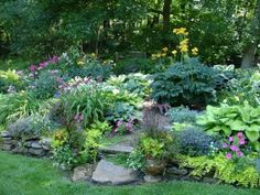 Perennial Shade Garden Ideas | Garden plan is essential to a year round beautiful perennial garden