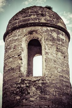 Ancient Tower - Photo, Castle, Canvas Art, Historic Florida, Available in Multiple Sizes. Photographic art of an ancient building. Available in print or canvas for your home decor. Please choose your size from the drop down menu. Prints: Original photograph printed on professional Kodak Endura Premier Archival paper from a lab. Print texture is lustre. This print is not matted or framed. Smaller sizes will arrive flat, while large sizes will arrive in a tube. Expect 2 weeks for delivery…