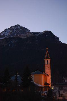 Trentino guarda qui http://www.bambiniconlavaligia.com/domande-sul-cavallino-bianco/