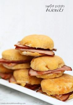 Make my ham & sweet potato biscuits for a classic Southern bite for Kentucky Derby or other party. These easy peach juleps wash it all down!