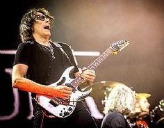 Steve Vai electrifies at Rock In Rio USA in Las Vegas May 9. (Alivephotography) #Pollstar