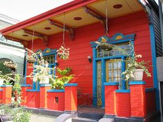 Crazy colorful houses in New Orleans