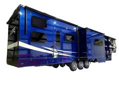 This Luxe Custom Toy Hauler is a beautiful blue with full body automotive grade paint; wet sand buff and two clear coats! Customize more than the paint by optimizing the Flex Space Garage to Haul Toys, Work from the full time fifth wheel or as a guest room! Fifth Wheel Living, Luxury Fifth Wheel, Luxury Rv, 5th Wheels, Toy Hauler, Rv Living, Recreational Vehicles, Full Body, Guest Room