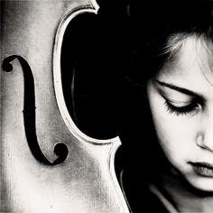 Saatchi Online Artist: Richard Brocken; Digital, 2007, Photography cello IV