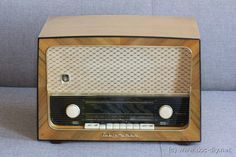 Raspberry Pi Powered Tube Radio Olympia 59-3
