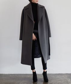 P&D MODEBERATUNG empfiehlt oversized Mantel Certainly, it is very monotonous intended for performing girls to Look Fashion, Korean Fashion, Fashion Outfits, Womens Fashion, Fashion Coat, Fashion Beauty, Ulzzang Fashion, 80s Fashion, Daily Fashion