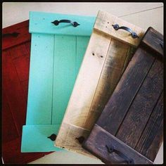 Recycled Pallets into serving trays, different hardware