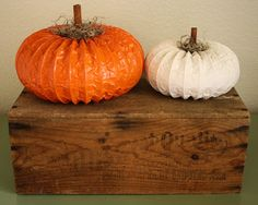 Dryer Vent Pumpkin {Tutorial}. These would be perfect for outdoors on the steps.
